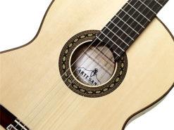 Artesano Flamed Maple/Spruce Gitarre